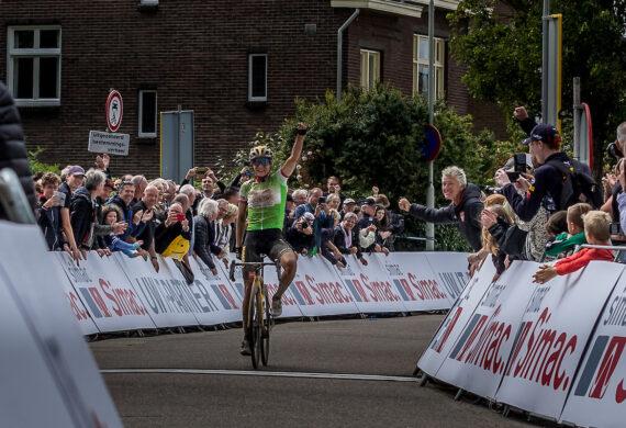 Vos wint, Blaak leidt in Simac Ladies Tour